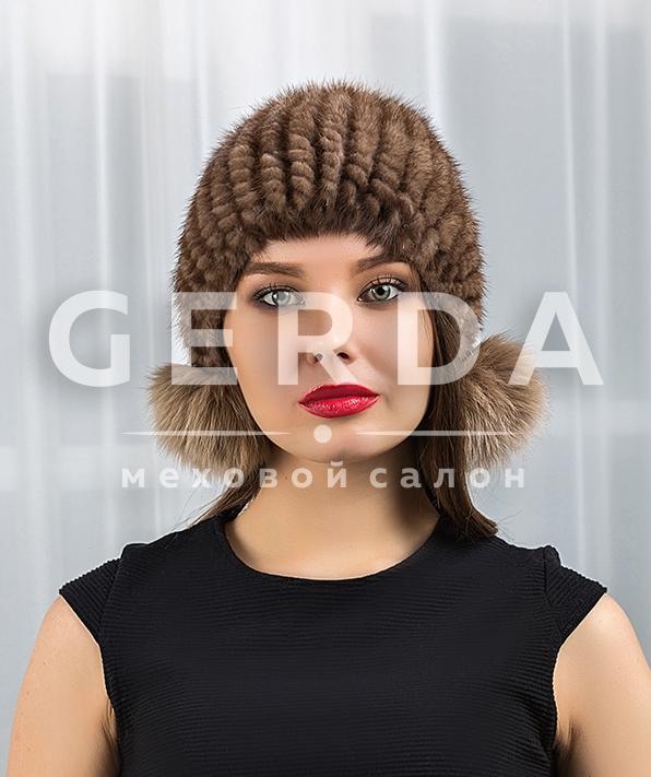 Норковая шапка с бумбоном вязаная цвета орех