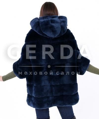 Меховой свитер с капюшоном