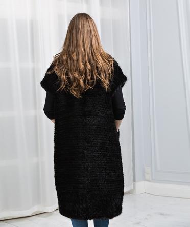 Жилет из вязаной норки большой размер